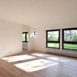 Wunderschöne Einliegerwohnung mit Blick ins Grüne in einem Zweifamilienhaus in Esslingen Serach – vermietet